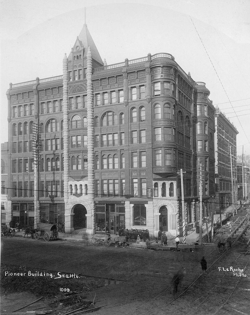 Pioneer_Building_1890.jpeg