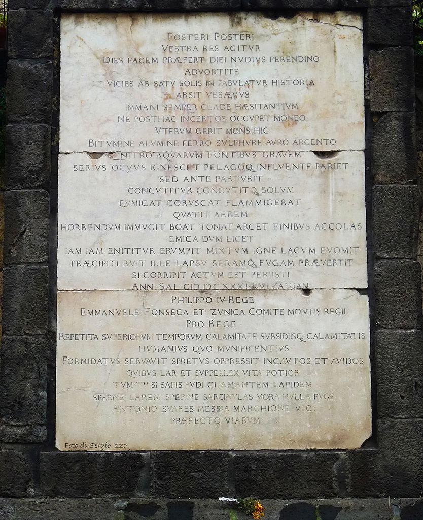 Epitaffio_di_Portici,_Napoli.jpg