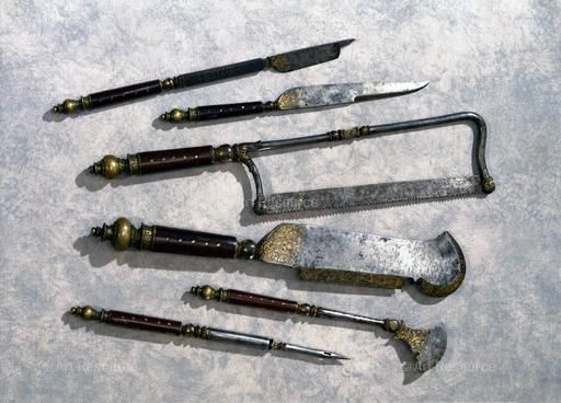 16th_17th_century_surgical_tools_3.jpg