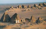 nubian_pyramids_3.jpg